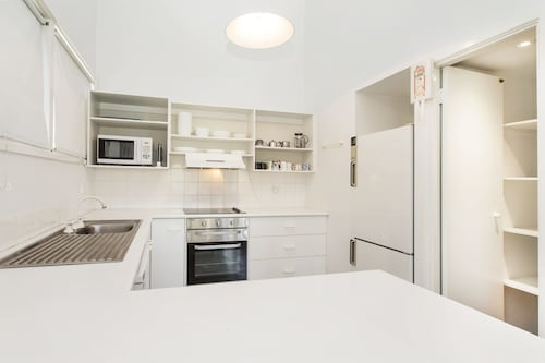 'Matilda' - Spacious & centrally located with great lake views, Snowy River