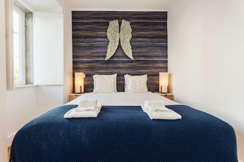 Sao Bento Blue One-Bedroom Apartment - by LU Holidays, Lisboa