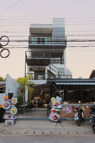 . Sleeping Well Chiangkhong - Hostel