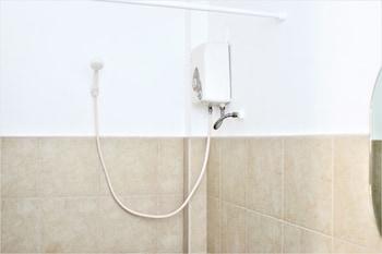 ZEN ROOMS CAPTAIN'S LODGE Bathroom Shower