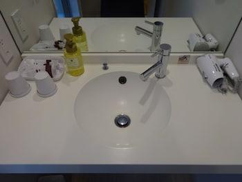 VIA INN OKAYAMA Bathroom Sink