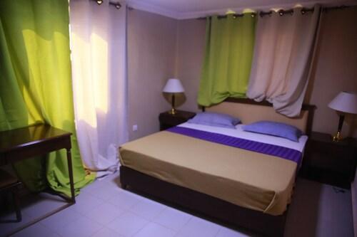 Mansea Beach Hotel and Resort, Kombo Saint Mary