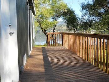 Cottage, 1 Queen Bed, Lake View, Lakeside