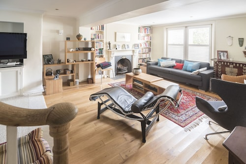 Stylish Family Home in Battersea, London