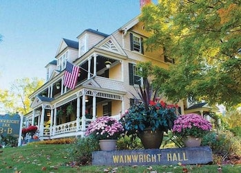 Hotel - Wainwright Inn