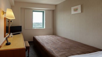 Semi Double Room, For 1 Adult, Non Smoking