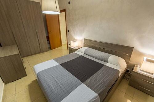 . Castiglione Residence