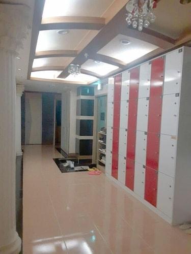 Living Castle Bu-chun City Station, Gyeyang