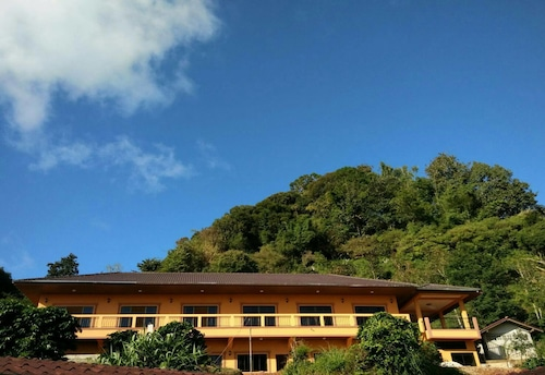 Hill Top Home, Mae Fa Luang