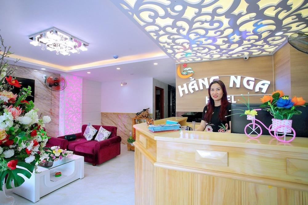 ハンガー 1 ホテル