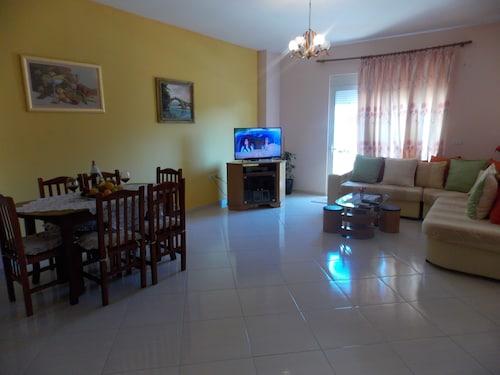 Bledi Apartments, Sarandës