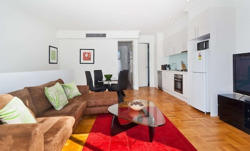 Caulfield Executive Apartment, Glen Eira - Caulfield