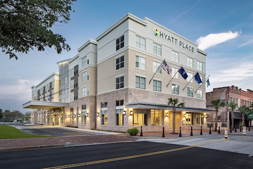 . Hyatt Place Sumter / Downtown