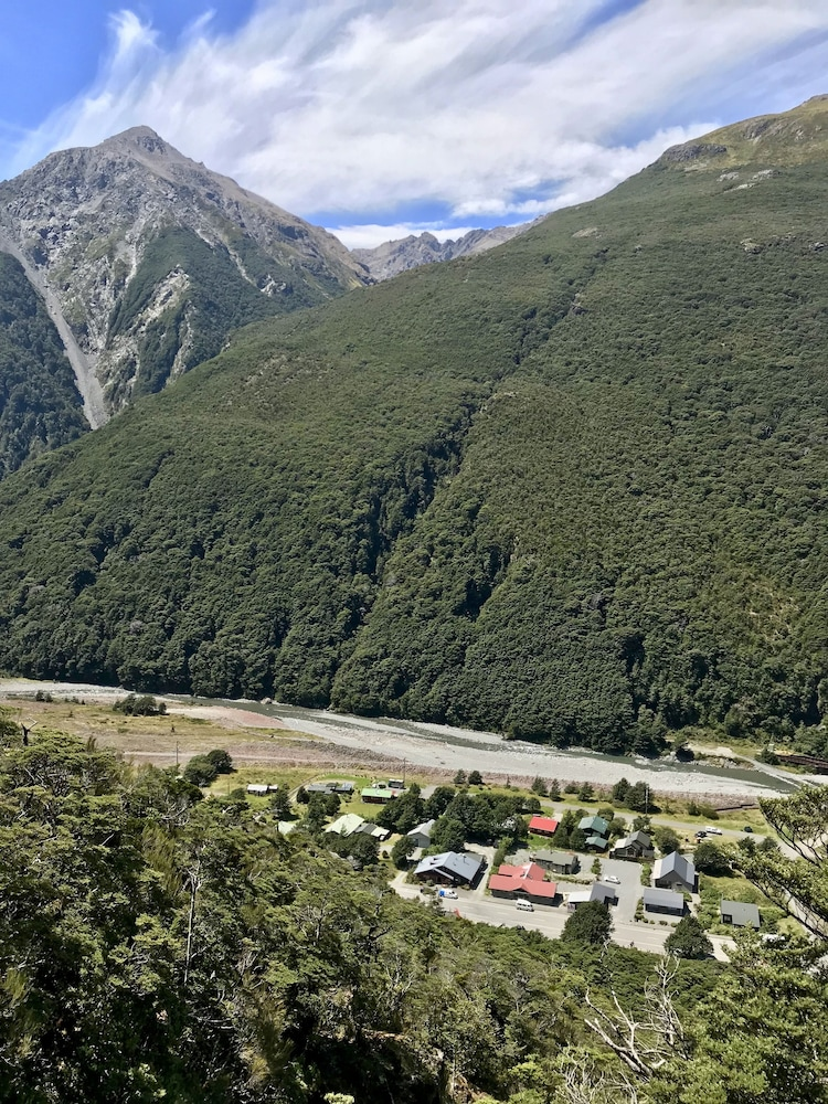 Arthurs Pass Motel and Lodge