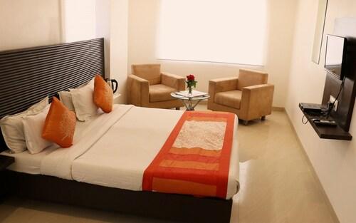 Hotel Silvotel, Indore