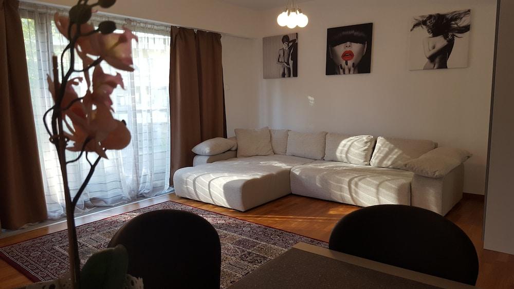 Bellevue Apartment Brasov
