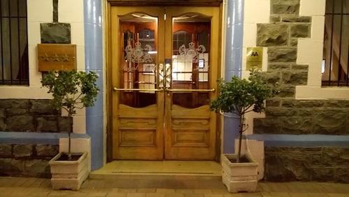 . Royal Hotel Ladysmith