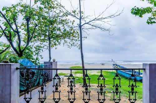 OYO 5836 Alleppey Holiday Beach Resort, Alappuzha