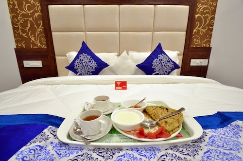 OYO 8673 Hotel Hollywood Heights, Amritsar