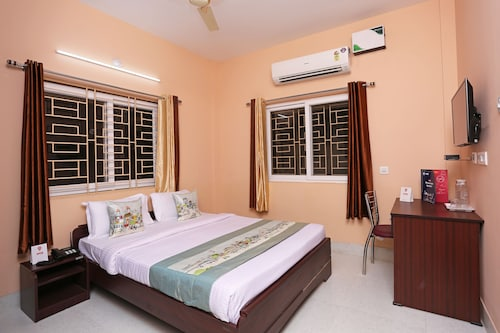 OYO 10339 SR Corporate Guest House, Cuttack