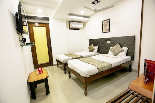 OYO 4287 Hotel Pathik, Bhopal