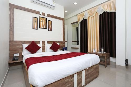OYO 10472 Hotel Queen, Bhopal
