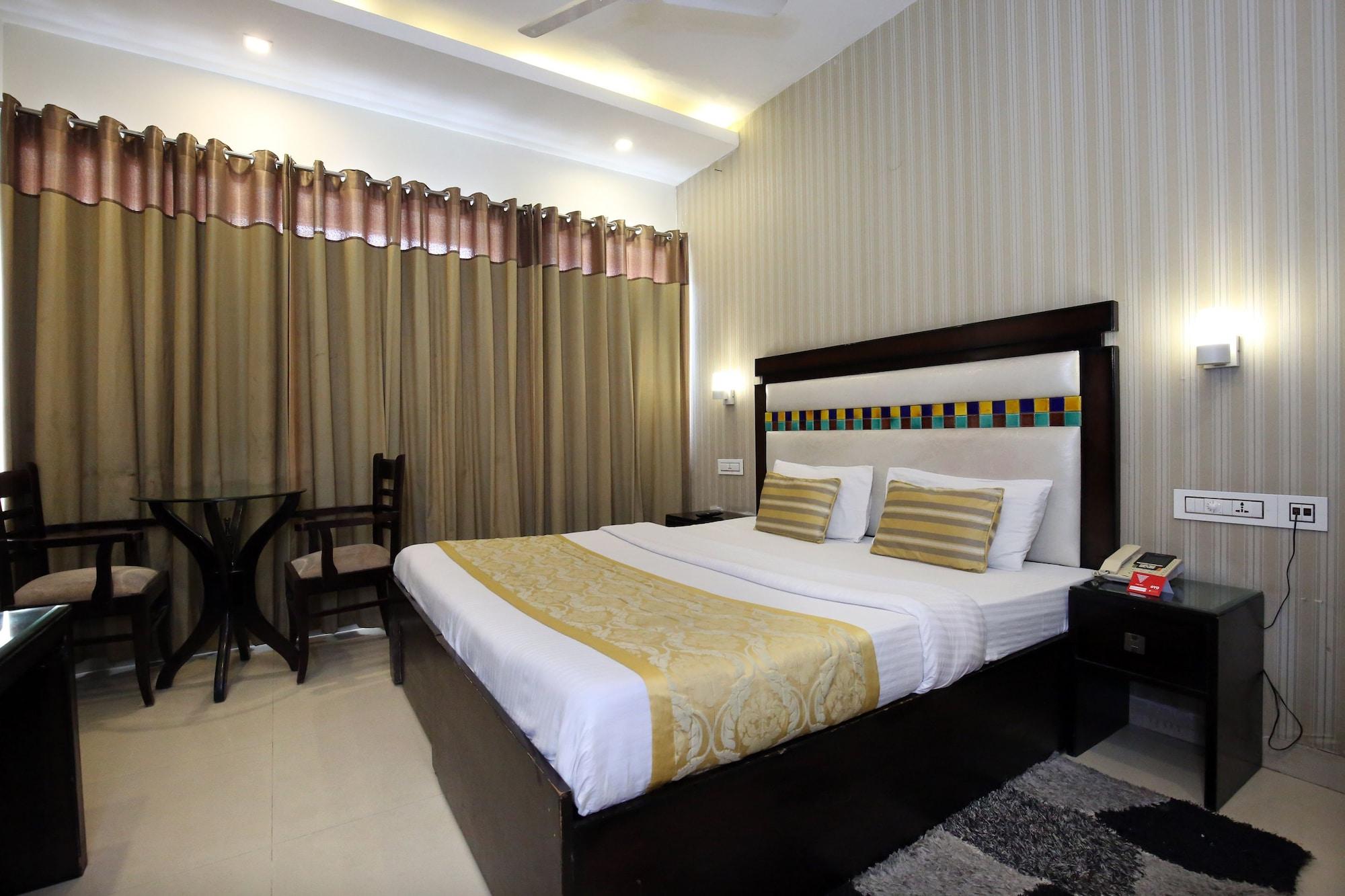 Hotel E hteen, Chandigarh
