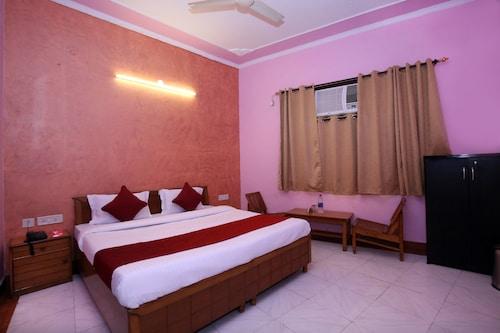 OYO 9229 GMG Hotel, Chandigarh
