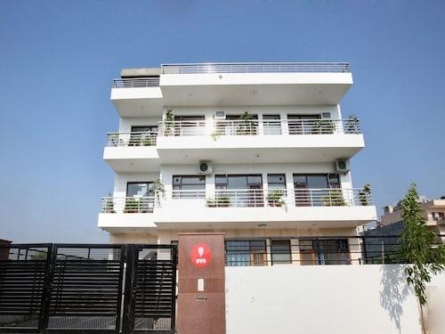 OYO 9922 Shivaay Guest House, Panchkula