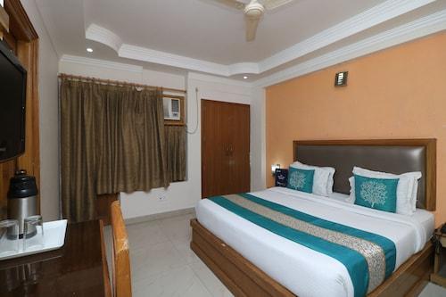 OYO 9978 Hotel Calista, Dehradun