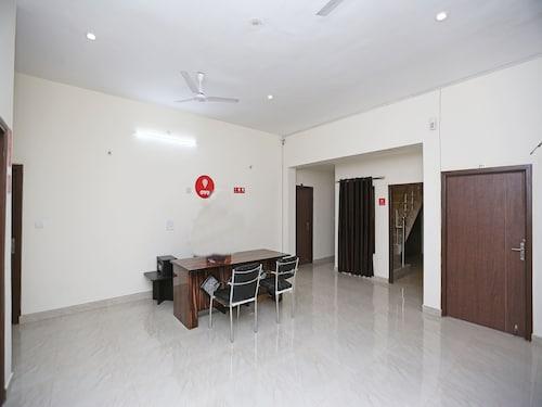 OYO 9600 Country Homestay, Faridabad