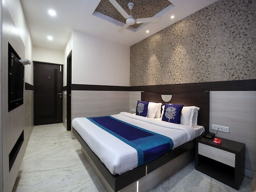 OYO 9816 Hotel Neelkanth, Ludhiana