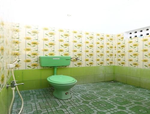 OYO 10459 Hotel Gnana SRM Residency, Puducherry