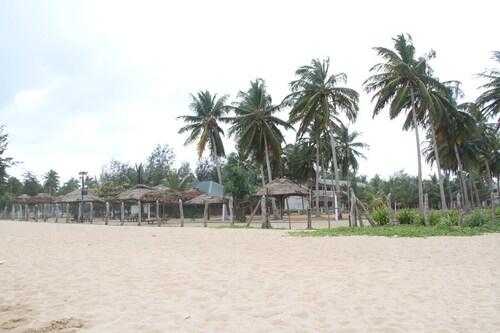 Yoho Sea way Hotel, Kuchchaveli