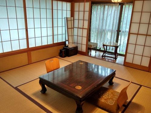 Hakone Miyagino House, Hakone