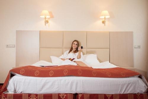 . AMAKS Hotel Rossia