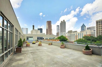 Heart of Downtown ATL Corporate Rentals