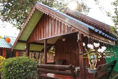 Civilized Garden Homestay, Muang Buri Ram