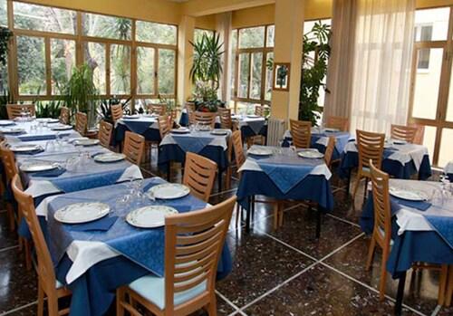 Hotel Athena, Pesaro E Urbino