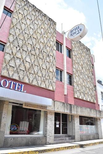 . HOTEL RAM VAL