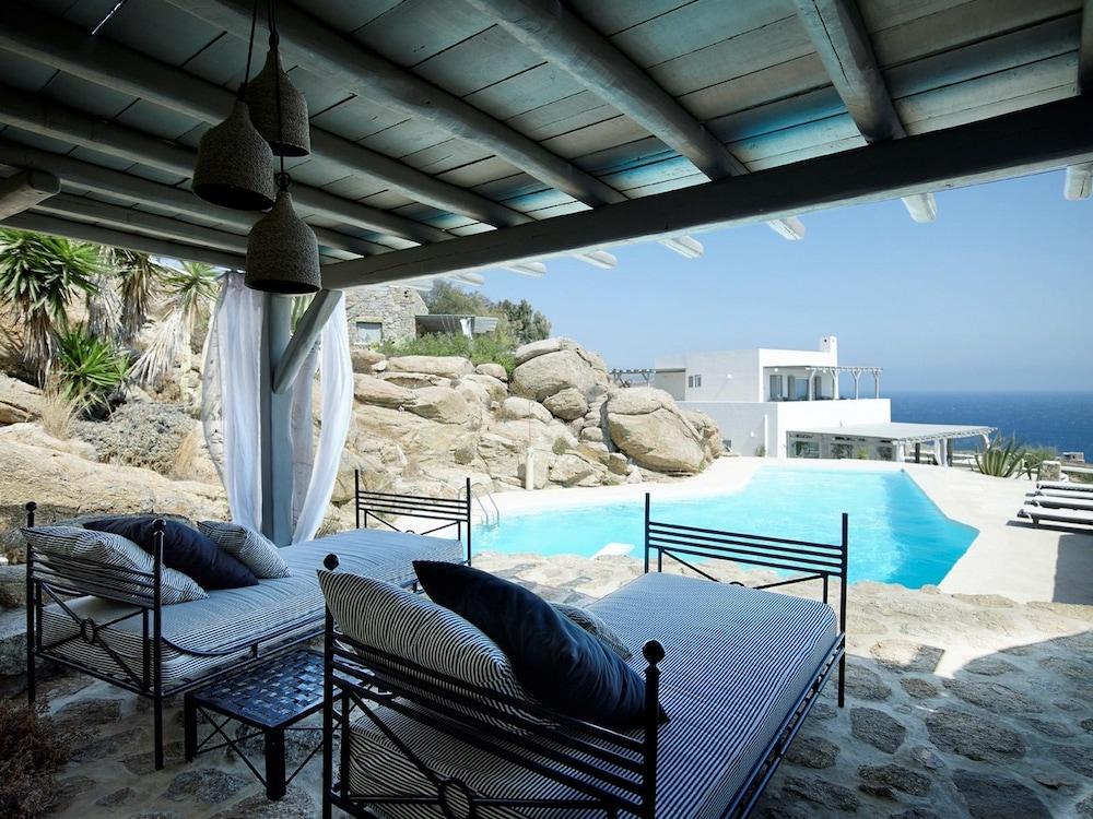 Villa Carina 1