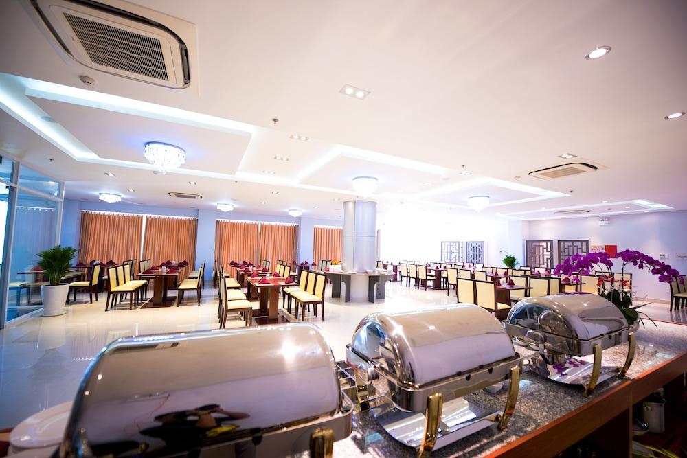 Phòng ăn Victory Hotel