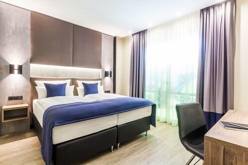 . Sky Hotel Cloppenburg