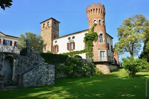 __{offers.Best_flights}__ Castello di Buttrio