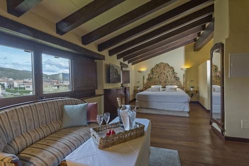 . Hotel Cal Sastre