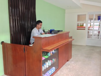IN AND GO HOSTEL Reception