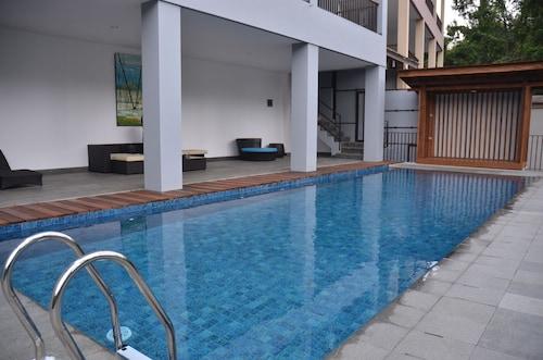 Cempaka 4 Villa Dago, Bandung