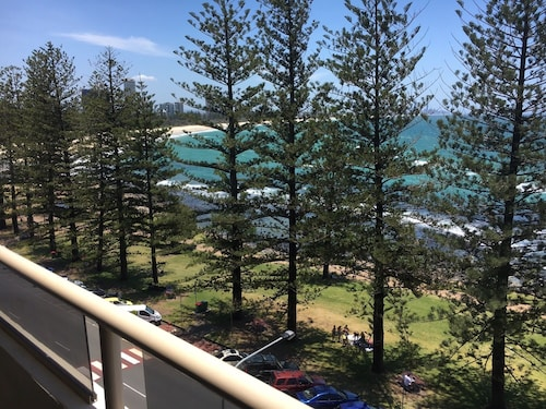 Park Towers Holiday Units, Burleigh Heads