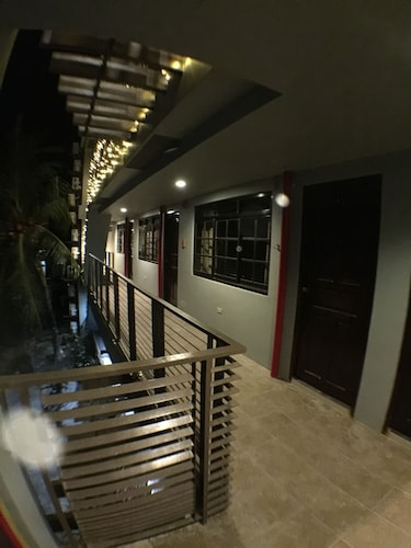 Starry Night Pension - Hostel, Puerto Princesa City