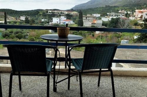 . Hotel Zakros